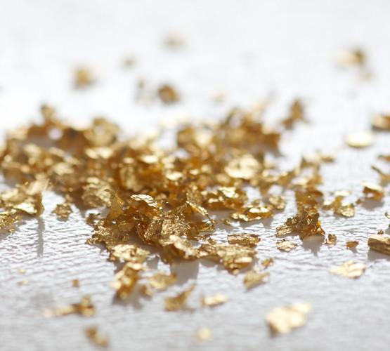 Pozlata Dimitrijević- Jestive zlatne pahuljice
